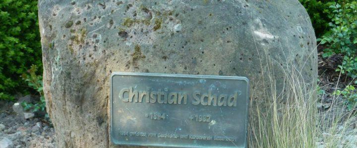 Schad-Gedenkstein